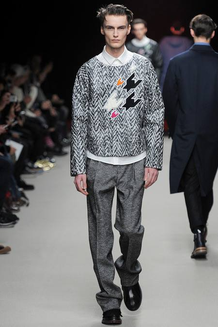 images/cast/10151809337127035=Fall 2014 man COLOUR'S COMPANY fabrics x=kris van assche